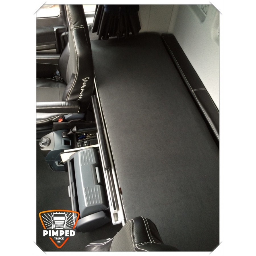 Bed cover for MAN TGX